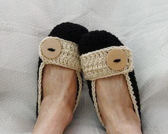 Crochet Women's Slippers Black and Cream