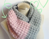 crochet scarf grey/pink mobius  handmade,grey/pink  crochet handmade infinity scarf.handmade crochet grey mobius  scarf