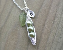Pea pod Necklace, Personalized Necklace, Custom Initial, Green Peas, Peapod Necklace, 3 peas, Bridesmaid Gift, Mother Gift, sterling silver