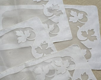 Vintage Placemats Ivory Oak Leaf Linen Organdy Set of 4
