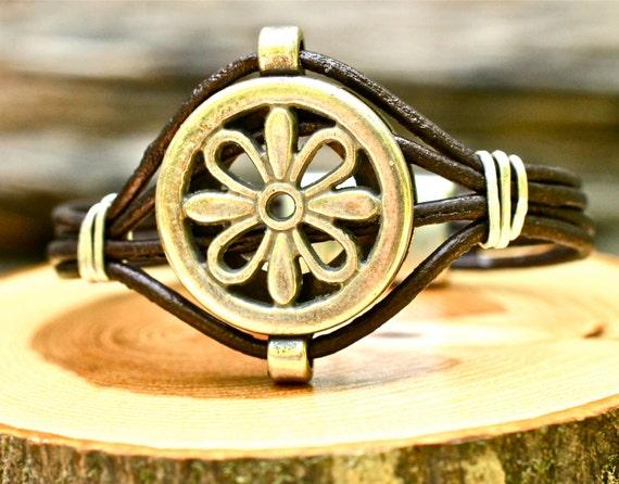 SALE Black Friday/Cyber Monday...Fabulous Medallion Leather Bracelet Silver Flower Super Cool Bangle Amy Fine Design