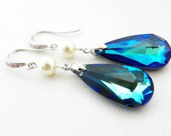 Beach Wedding Earrings, Dark Blue Swarovski Teardrop Briolette, Ivory Pearl, Maid of Honor, Peacock Jewelry, Bridesmaid Gift, Long Earrings.
