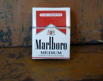 Miniature Marlboro Cigarette Pack, Matches b1d2