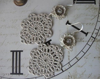 Vintage Lace Collection LINEN . vintage flower jewelry rhinestone sterling silver dangle earrings