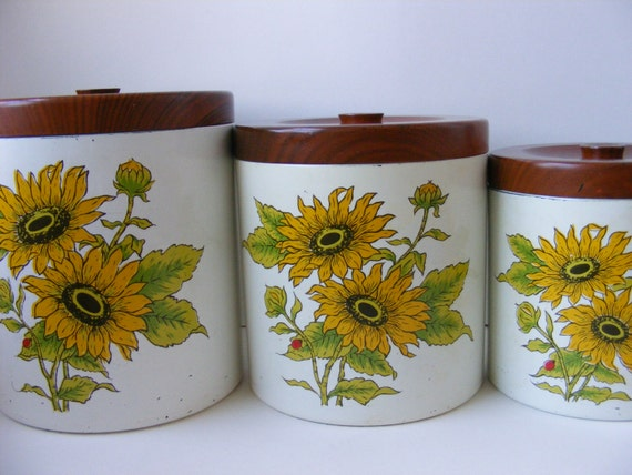 vintage yellow canister set 3 sunflower ladybug by country sunflower collection 3 piece kitchen canister set