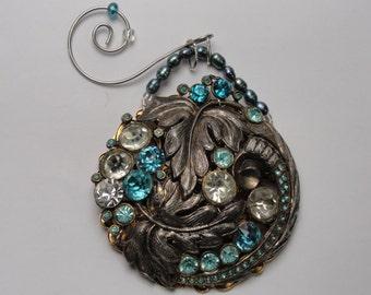 Vintage Brooch Ornament Silvertoned Aqua Rhinestones Large