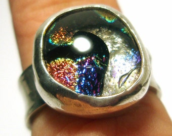 Sterling Silver Ring with Dichroic Glass Handmade by Lisajoy Sachs Design Size 6.5 One of A Kind - Perfect Gift Comes in A Box