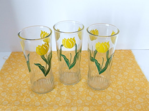 Vintage Anchor Hocking Tulip Glasses Yellow Floral Vintage