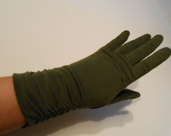 Elegant Lady's Army - Vintage 1950s Olive Green Mid Arm Ruched Gloves - 6.5/7