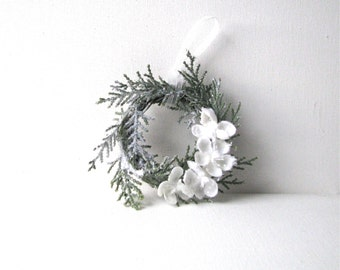 Winter Wedding Wreath Ornament Green and White, Woodland Frost, Cottage Chic