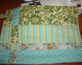 Quilted place-mats, in 4 coordinating colors.