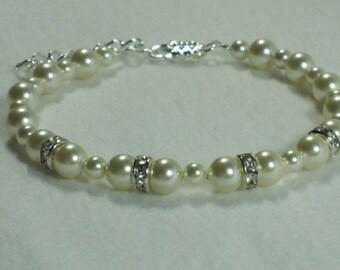 Mother of the Bride Swarovski Pearl Bracelet Bridesmaid Gift Crystal Ivory Cream Bridal Jewelry Custom Color Pearl Wedding Jewelry Sets B102