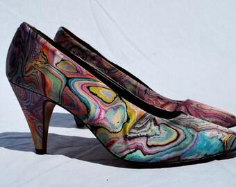 Vintage 80's SESTO MEUCCI marbleized shoes pumps heels s8 1/2 deco OP art shoes by thekaliman
