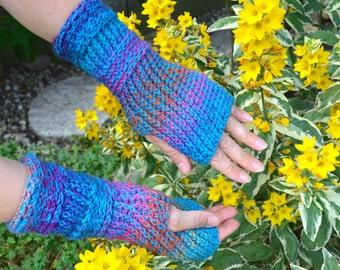 Crochet pattern : blue notes mittens