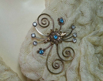 Vintage Aqua Flower Brooch