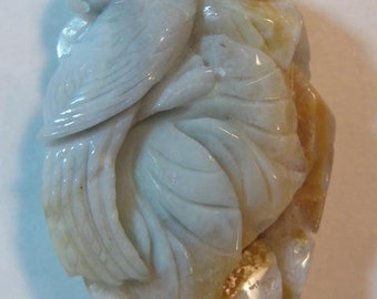 Carved Amazonite Parrot Pendant Bead .......     59 x 40 x 16 mm.......     a3494