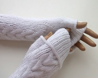 White Fingerless Gloves//Cable Knit Fingerless Gloves // Fall Fashion Accessories