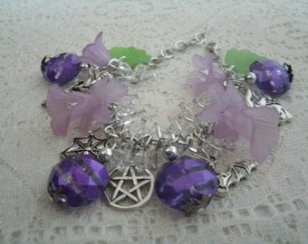 Purple Pentacle Charm Bracelet, wiccan jewelry pagan jewelry wicca jewelry witch jewelry witchcraft goddess pentagram magic pagan bracelet