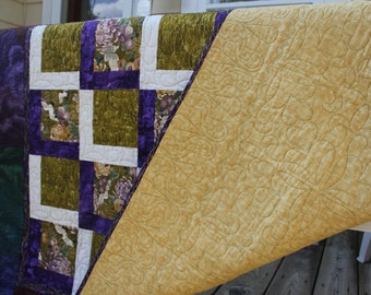 Quilt Purple and Gold Long Arm Quilted