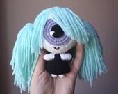 Cecilia the cyclopette crocheted doll - Pattern PDF