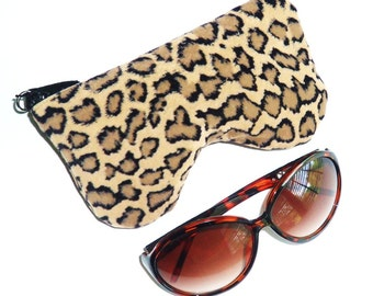 Cheetah Print Curves Eyeglass Case, Sunglasses Pouch, Sunglasses Case, Zippered Eye Pouch