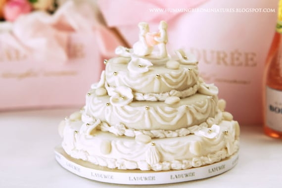 Reserved - Ivory Wedding Cake 1/12 scale dollhouse miniature
