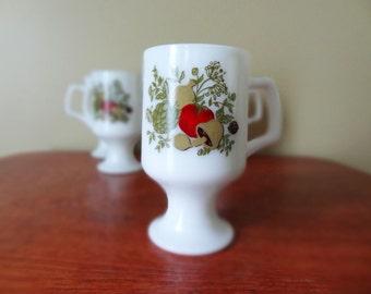 Milk Glass Corning Wear Spice of Life Mugs Set of 4 Vintage Mushroom
