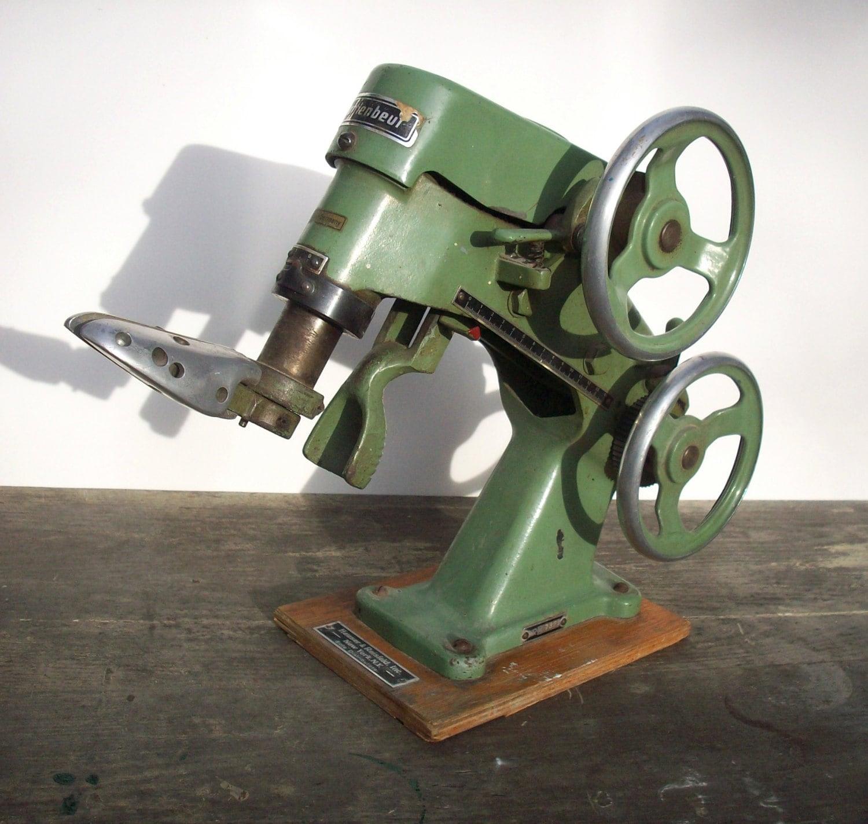 Vintage Industrial Machine Age Shoe Stretching Tool  Vintage Industr...