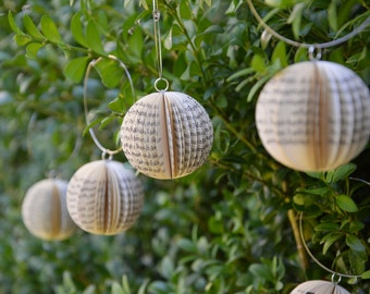 Sphere small - Christmas Decoration: Book Art hanging Ornament