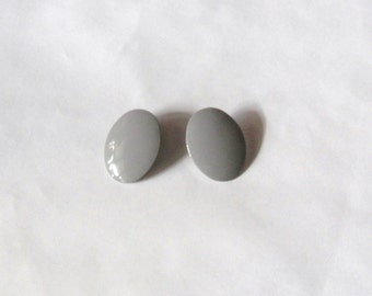 Gray Oval late 70's and Early 80's Pierced Earrings