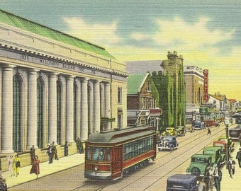 Purchase Street NEW BEDFORD Mass Unused Vintage Linen Postcard Streetcar on busy street