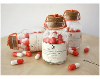 31 orange capsule letter bottle set (cork)