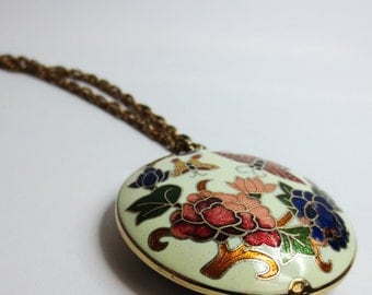 Vintage Butterfly Pendant Necklace Including Chain - Butterfly Floral Pendant