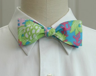 Lilly Bow Tie in ocean blue design (self-tie)