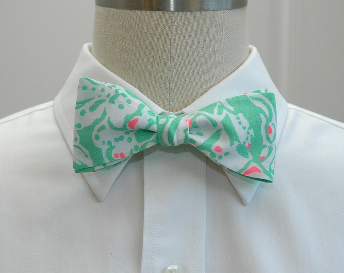 Men's Bow Tie, Beach Bash, mint & white Lilly bow tie, wedding bow tie, groom/groomsmen bow tie, Easter/Kentucky Derby bow tie, mint bow tie