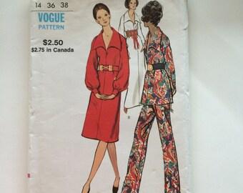 70s Vogue 8106  A Line Dress, Tunic, Straight Leg Pants Size 14 Bust 36