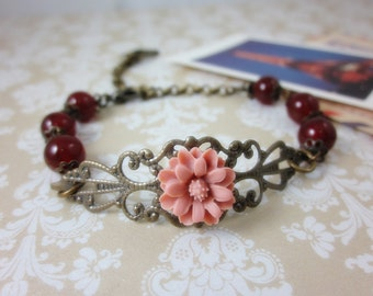 Dawn Rose Daisy Bracelet. Maid of Honor. Bridesmaid Gift. Bridal Jewelry. Wedding. Birthday. Gift for her