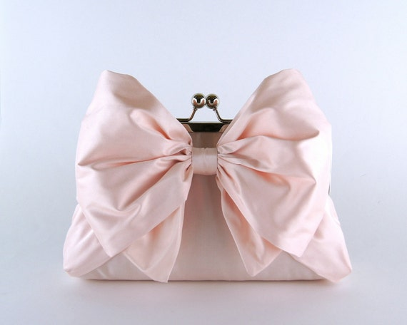 Bridesmaid Clutch, Silk Bow Clutch in Soft Pink, wedding clutch, wedding bag, Bridal clutch, Luxury Bridesmaid Gift
