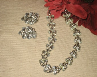 Vintage Ribbon Pattern Necklace Set, Clip Earrings, Silver Tone, Textured