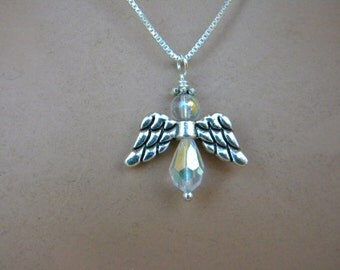 Angel pendant and chain
