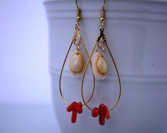 Sea Shell Earrings Seashell Earrings, Beach Jewelry, Coral Hawaiian Jewelry Hawaii Jewelry, Beach Shell Earrings Sea Shell Jewelry Ocean 004