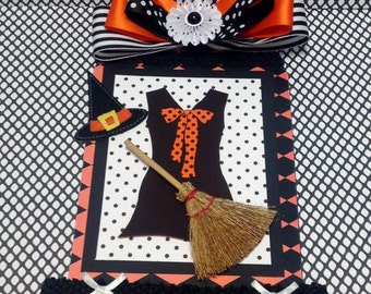 Halloween Wall Hanging, Plaque, Witch Dress, Hat and Broom