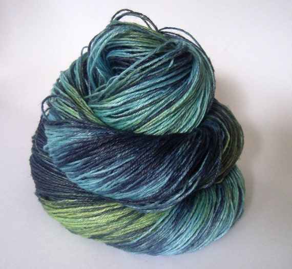 Hand dyed Linen yarn