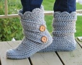 Crochet  Woman's Slipper Pattern,  Boots Crochet  Pattern, Woman's house slippers, House shoes, Fits US sizes 5-12, Classic Snow Boots