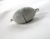 2 Silver Oval Textured Magnetic Clasps, Zinc Alloy, 20mm x 12mm