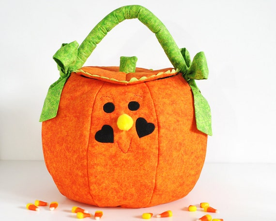 Halloween Trick or Treat Bag Pumpkin Quilted Fabric Large Orange Scroll