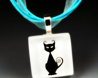 CAT Black & White - recycled-glass photo necklace