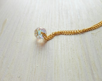 the magic bead -necklace (translucent opalescent glittery sparkly bead and gold plated chain minimal discreet)
