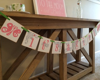 IT'S A Girl Spring Room Decor / Personalized girl Banner / Girl Baby Shower Banner / Butterflies