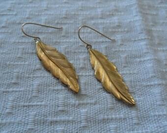 Vintage 14k Gold Leaf Earrings